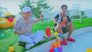 프로듀스101 시즌2에서 끼와 열정, 음악적 재능까지 보여 주었던 정동수, 김남형이 팀을 결성했다. 각자의 영어이름 [ARKAY(알케이_...