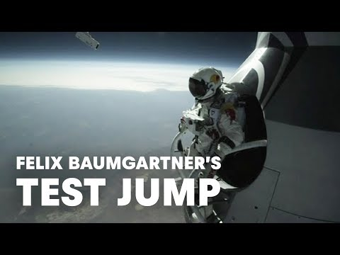 Felix Baumgartner's Test Jump - Red Bull StratosFelix Baumgartner's Test Jump - Red Bull Stratos