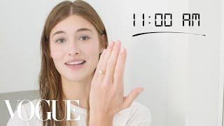 Video How Top Model Grace Elizabeth Gets Runway Ready | Diary of a Model | Vogue MP3, 3GP, MP4, WEBM, AVI, FLV September 2019