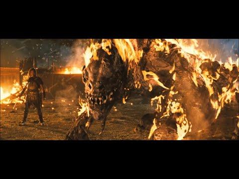 Outlander (2008) - Moorwen Attack (HD)