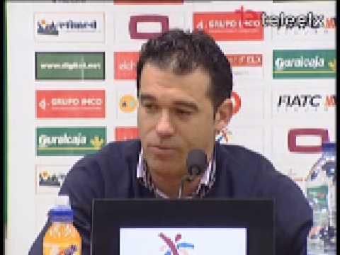 Conferencia de prensa de Luis García Plaza