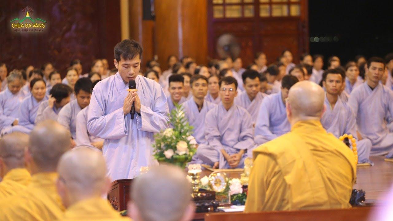 Xúc động trước lời bạch về tâm nguyện xuất gia của cư sĩ tập tu trước Thầy Thích Trúc Thái Minh