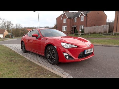 2012 Toyota GT86 Start-Up and Full Vehicle Tour