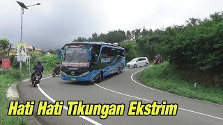 Video Adu Skill Driver Bus Pariwisata Di Jalur Ekstrim MP3, 3GP, MP4, WEBM, AVI, FLV Mei 2019