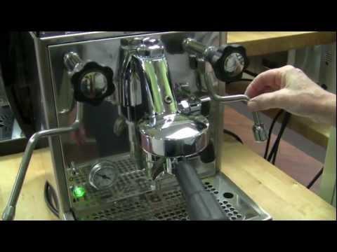 Crew Review: Rocket Espresso Cellini Classic