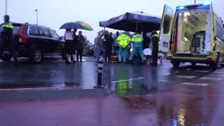 Ziekenauto rukt uit voor ongeval Kolkkamp