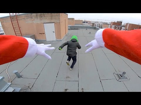 Parkour Santa VS The Grinch | Parkour POV Chase