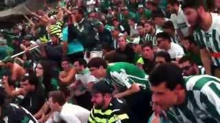 Torcida do Coritiba no Salão de Festas; o antigo meio estádio e agora famoso Estádio Municipal da Baixada!