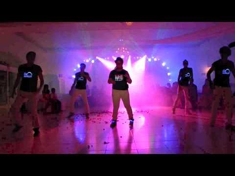 baile sorpresa Montse XV años One direction & Justin Bieber