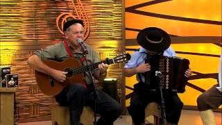 Mauro Moraes canta De Terra e Lua Pampeira
