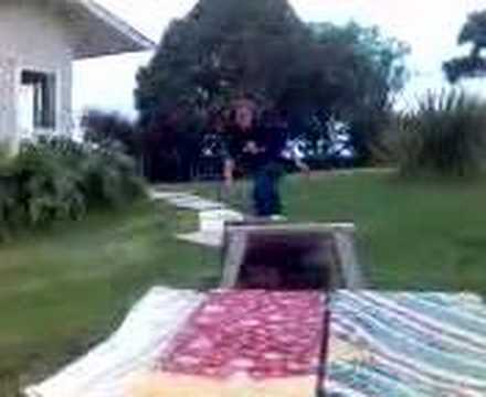 Hahaha Dans Skateboard home video!