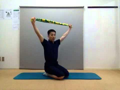 【肩甲骨ストレッチ】肩の可動域を広げて動きにキレを出そう!