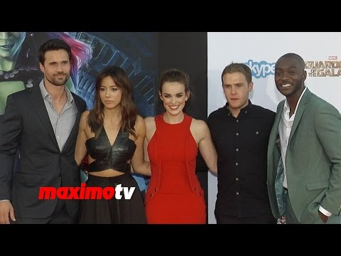 red carpet - Subscribe! http://bit.ly/mrSda2 Most Viewed Video! http://goo.gl/eVarIi Agents of S.H.I.E.L.D. Chloe Bennet, Elizabeth Henstridge, B.J. Britt, Iain de Caestecker, Brett Dalton at