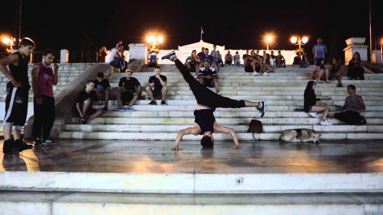 Βόλτα στη νυχτερινή Αθήνα