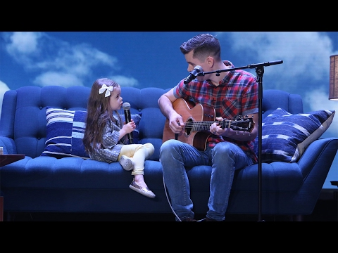 Adorable Singing Father-Daughter Duo Performs 'You've Got A Friend In Me'!