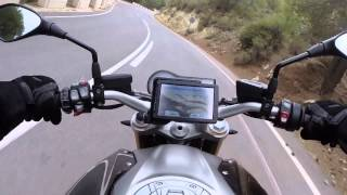 9. DRIVING New 2015 BMW Motorrad R 1200 R Roadster Thundergrey Boxer-2 125 hp 125 Nm