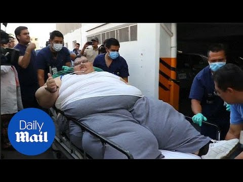 World's heaviest man at 595 kilos to undergo life-saving surgery - Daily Mail