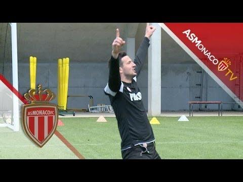 """Loco"" Danijel ""Van Basten"" Subasic : Funny goalkeepers volley shots and celebrations… – AS Monaco"