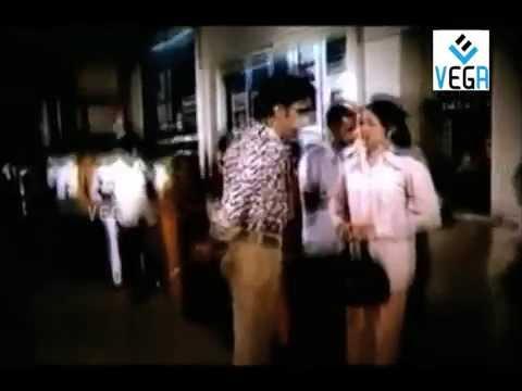 Video Manmadha Leelai Movie : Romantic Scene download in MP3, 3GP, MP4, WEBM, AVI, FLV January 2017