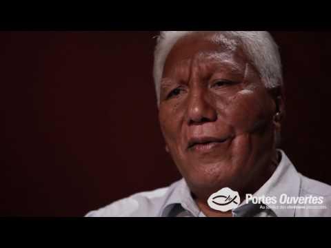 Plein Cadre - Indonésie : mutilé, un pasteur pardonne