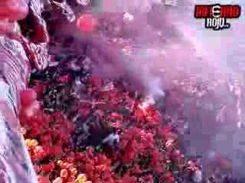 Recibimiento Independiente Racing - La Barra del Rojo - Independiente - Argentina - América del Sur