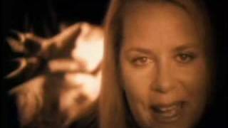 Mary Chapin Carpenter: Almost Home
