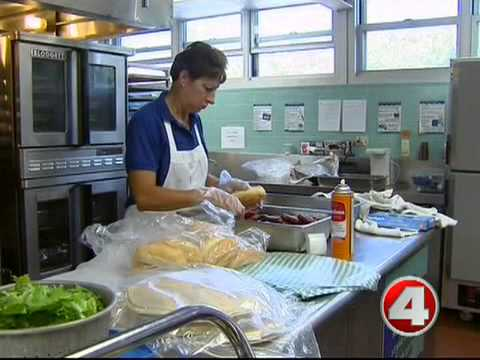 Priest calls number of hungry kids in Naples a