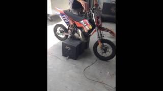 6. Revving a KTM 50 SX 2 stroke