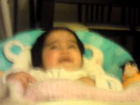 Baby Lachen Yara