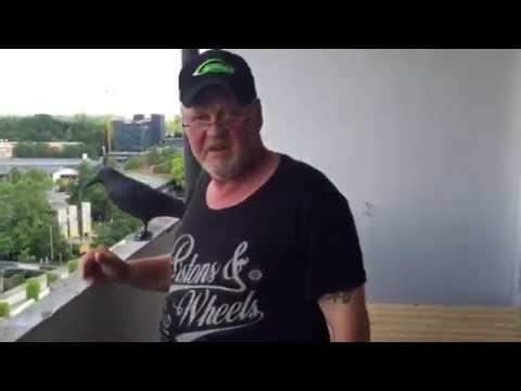 Amoklauf am OEZ: Schimpfender Anwohner im Video-Interview