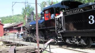 Jamestown (CA) United States  city photo : Steam Locomotive No.3 Getting On Turntable