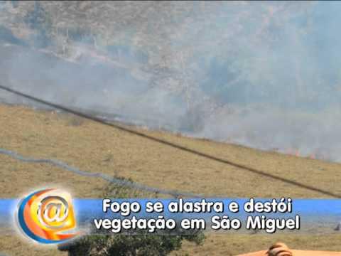 Fogo se alastra e destrói vegetação em São Miguel das Matas