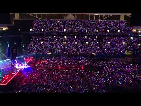 COLDPLAY CHARLIE BROWN LIVE AT THE HARD ROCK STADIUM IN MIAMI 08/28/17