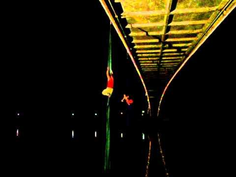 Most koji pleše