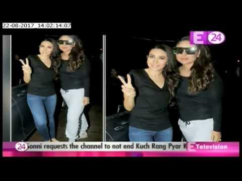 Video Kareena Kapoor Khan and Karisma Kapoor shoot with mom Babita for an ad download in MP3, 3GP, MP4, WEBM, AVI, FLV January 2017