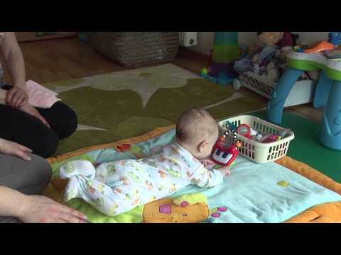 4 mėnesių kūdikio raida