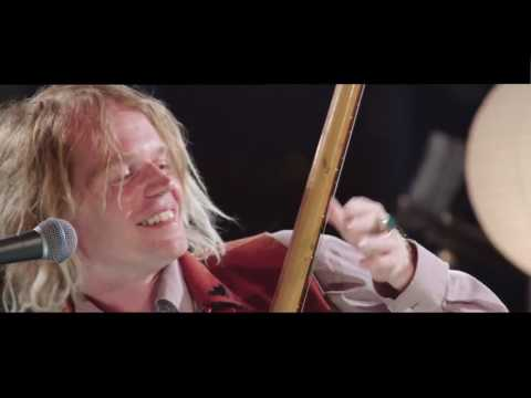 Live & Interviews Connan Mockasin