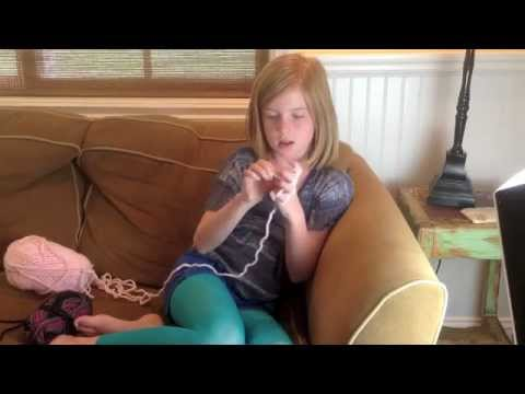 tween - Learn how to finger weave or knit with just your hands and a ball of yarn.The easy to follow DIY from a crafty tween will show you how.