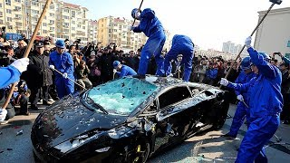 Video Angry People vs Sports Cars MP3, 3GP, MP4, WEBM, AVI, FLV Agustus 2019