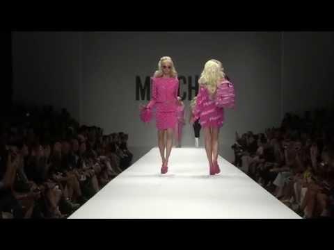 sfilata moschino barbie primavera - estate 2015