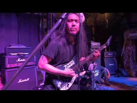 Dezember live at Parking Toys  27/8/60 (คอนเสิร์ตงานกลุ่มชาวพุทธหูรุนแรง EP-11) (видео)