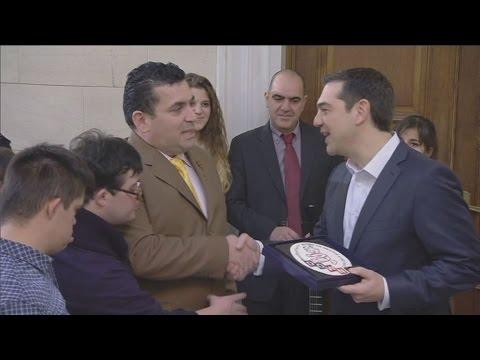 Τα πρωτοχρονιάτικα κάλαντα στον Πρωθυπουργό Αλέξη Τσίπρα