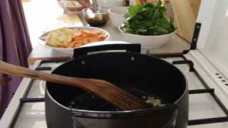 Cooking Thai Food: Pad Si Iw - Thick Stir Fried Noodles With Soy Sauce And Vegetables