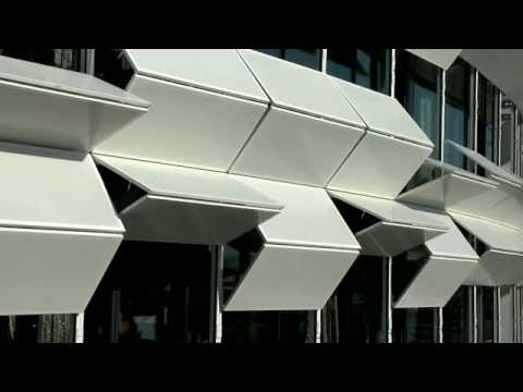 Kiefer technic showroom has mind blowing dancing facade for Architecture parametrique