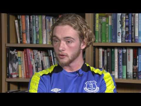 Video: Around the Table: Calvert-Lewin, Davies And Holgate