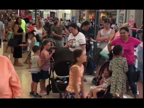 Build-A-Bear Pay Your Age Day: Massive crowds hit Staten Island Mall