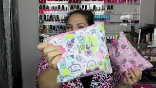 Video What's in My Travel Makeup Bag?! ~Hawaii Trip~ MP3, 3GP, MP4, WEBM, AVI, FLV Juni 2018