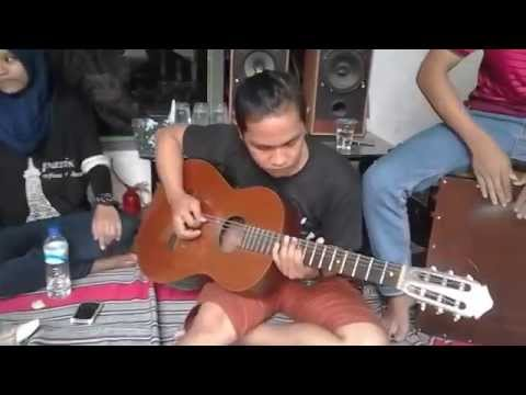 Video Cokelat - Luka Lama (cover) by BeeFour Band download in MP3, 3GP, MP4, WEBM, AVI, FLV February 2017