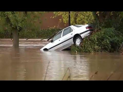 Francia áradások: legalább 10 áldozat_Időjárás. Vihar, jégeső, tornádó, áradás videók. Csodás felvételek szupercellákról, zivatarokról
