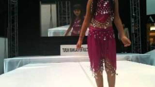 رقص دختر ایرانی در فنلاند